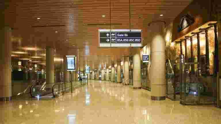 孟买机场跑道在周二下午11点下午11点之间关闭